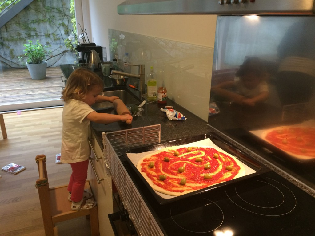 Pizzaiolo in Action